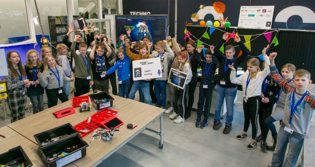 Liam Fluit uit Bennekom 1000e bezoeker van TechnoDiscovery